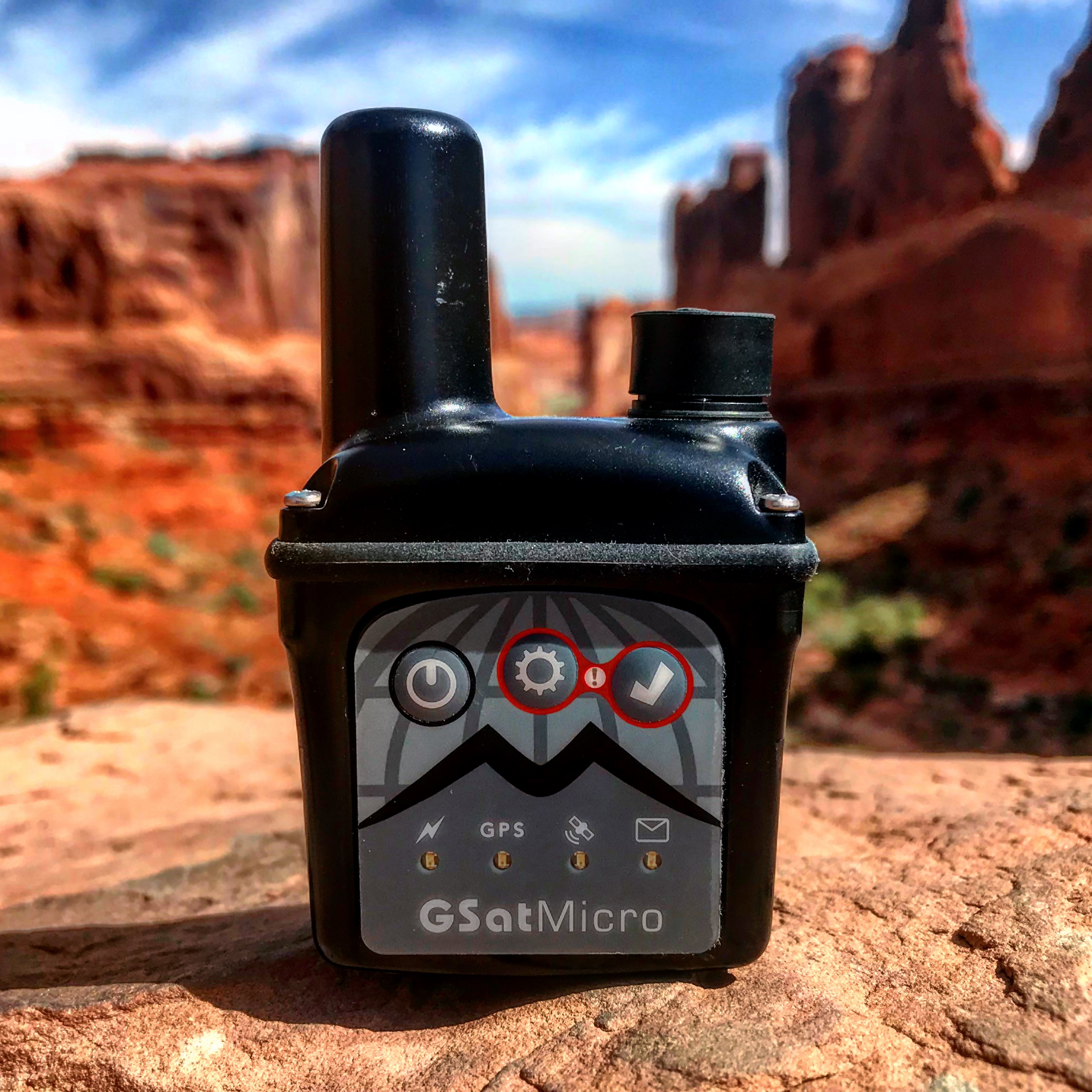 GSatMicro - Tracking at the Arches National, Utah