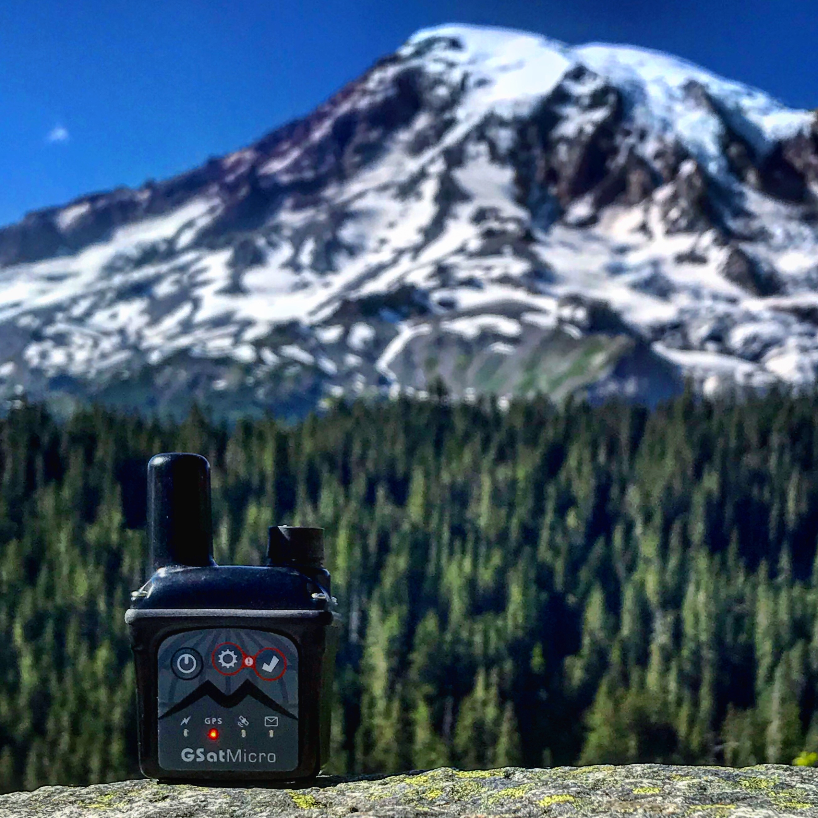 GSatMicro - Tracking at Mount Rainier, Washington